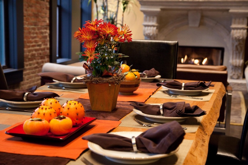 A Thanksgiving table awaiting guests.